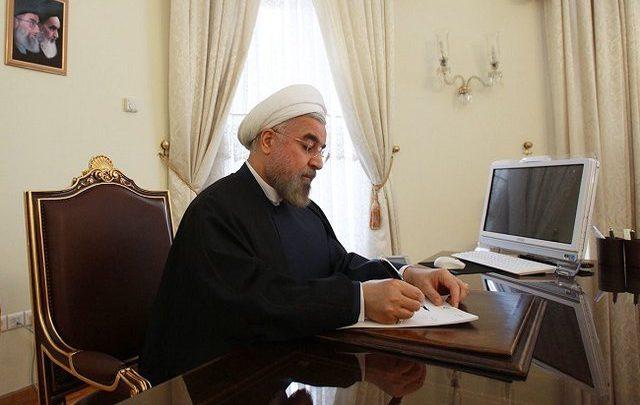 تولید و توزیع ماسک در دسترس عموم، در صدر توجه مسئولان وزارت صمت باشد