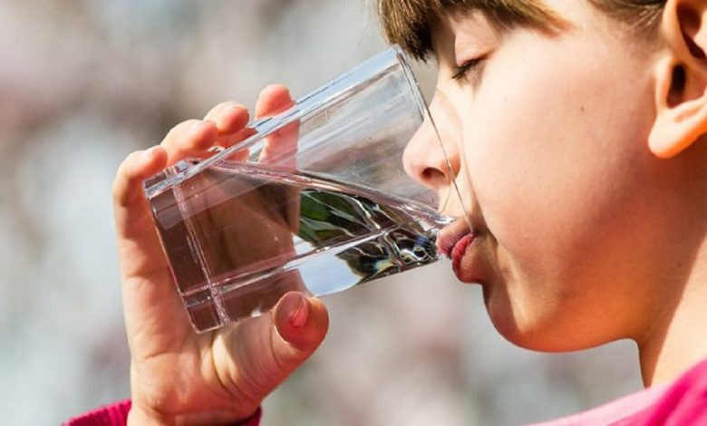 زمانبندی نوشیدن آب چه تاثیری بر سلامتی دارد؟