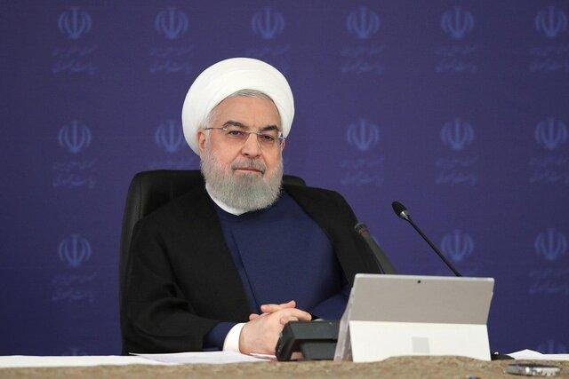 روحانی:دولت در کنار خانوادههای معظم شهدا، جانبازان و ایثارگران است