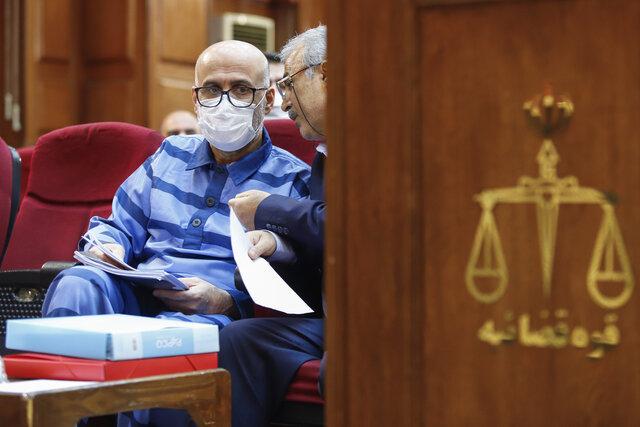وکیل یکی از متهمان دادگاه طبری: موکلم توبه کرده است/ ۵ قطعه زمین در بابلسر به نام همسر طبری